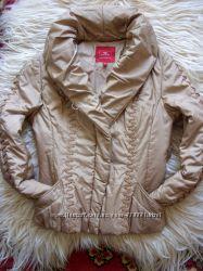 Фирменная, демисезонная куртка в идеальном состоянии