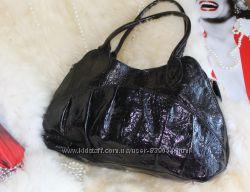 Шикарная добротная кожаная лаковая сумка, натуральная лаковая кожа, тиснение