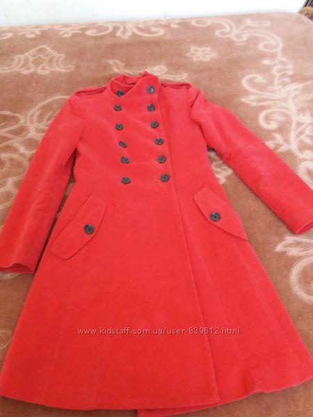Пальто Mango S в идеальном состоянии.