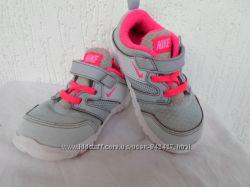Кроссовки Nike оригинал р. 23. 5