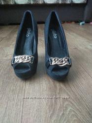 Туфли замшевые женские бу 37 размер