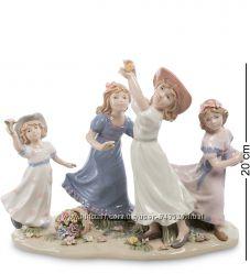 Фарфоровые статуэтки людей - девушки, дамы, леди