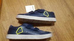 Продам кожаные туфли-кроссовки Froddo р. 33