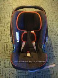 Автокресло Romer Baby Safe Plus SHR 2 Black Marble
