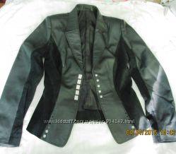 Кожаная женская куртка от Valentino торг