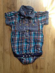 Рубашка-боди фирмы Next 0-3 мес для мальчика