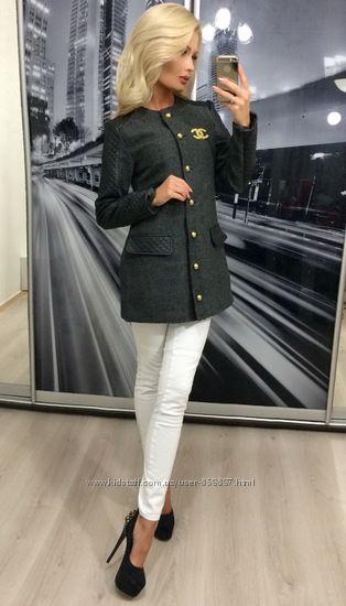 Изысканный тренч пальто в стиле шанель
