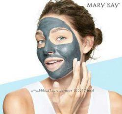 Черная маска Мери Кей на основе угля для глубокого очищения кожи ClearProof