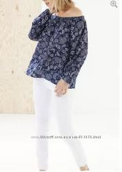 Нарядна блузка фірми STRADIVARIUS із Іспанії оригінал роз. М