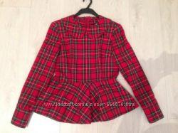 Блуза в шотландскую клетку с баской