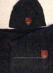 Набор шапкашарф известного австралийского бренда UGG.