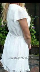 Платья біле