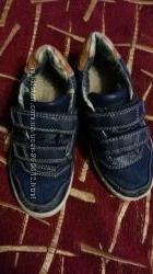 Классные кроссовки на мальчика р. 29