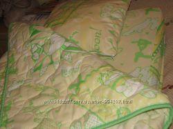 продам комплект матрас в кроватку с постелькой
