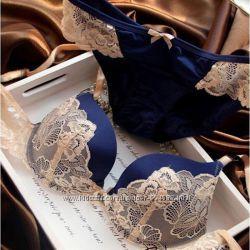 Комплект нижнего белья Victoria&acutes secret