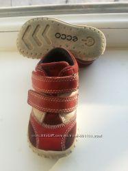 Класнючие ботиночки Ecco 20р.