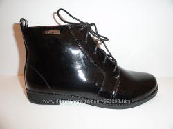 Демисезонные ботинки - женские