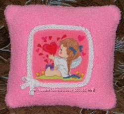 Декоративная подушка Воздушный поцелуй