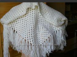 Красивый теплый платок