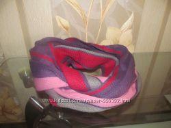 Яркий шарф-снуд
