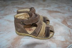 Босоножки сандалии детские 20 р. 13 см стелька