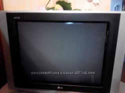 телевизор серебристый  LG