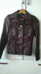 Шкіряна куртка розмір S