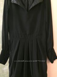 Эффектное платье Atmosphere M