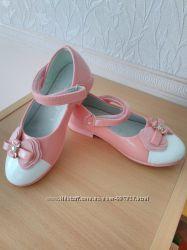 Туфли для девочки , нарядные