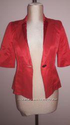 Стильный легкий пиджак фирмы  BGN