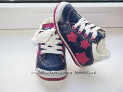 Ботики ботиночки кроссовки для девочки