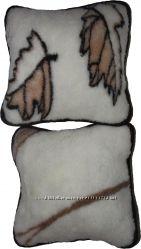 Подушка з натуральної вовни