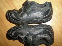 кожаные туфли на мальчика CLARKS оригинал 19. 5 см