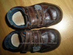 кожаные туфли на мальчика CLARKS оригинал 14. 5 см