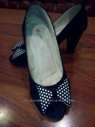 Туфли с открытым носком р. 37