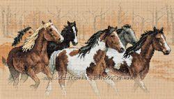 Набор для вышивания  Dimensions Horses Wild Rush 35104