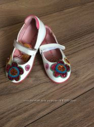 Продам новые туфельки agatha Ruiz р. 24