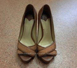 Итальянские женские туфли на каблуке