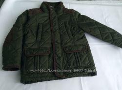 Продам темно-зеленую демесезонную курточку George для мальчика 4-5 лет