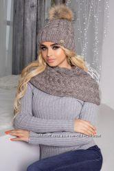 Тёплый зимний комплект шапка и шарф-хомут