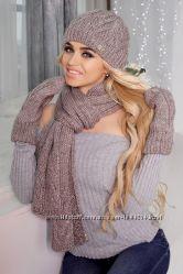 Зимний комплект шапка, шарф и варежки