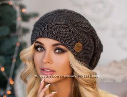 Вязаная шерстяная шапка-колпак Канна. Цвета разные