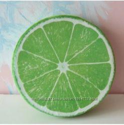3D подушки в виде фруктов