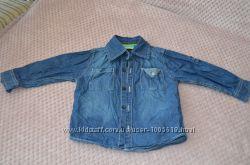 Продам джинсовую рубашку для мальчика 86р.