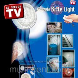 Светодиодный светильник с пультом  управления Remote Brite Light