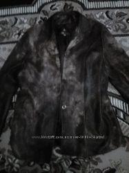 Классная куртка кожаная, состояние отличное