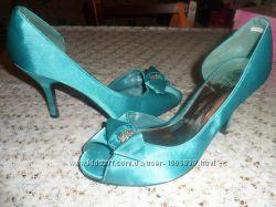 Туфли на выход бирюзового- мятного цвета
