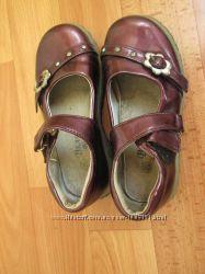 Туфли на девочку р. 26