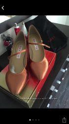 Продаю туфли для бальных танцев стандарт