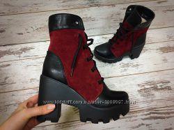 Ботинки на шнуровке бордо и черные зима
